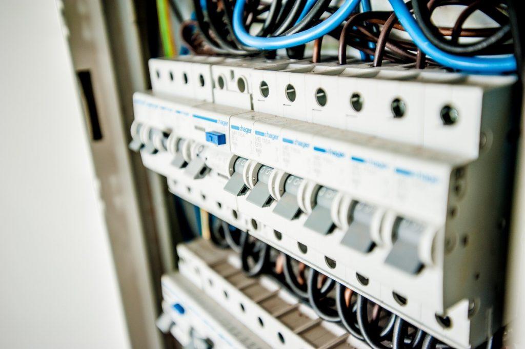 produkty w hurtownii elektrycznej